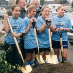 Santa Cruz shovels team